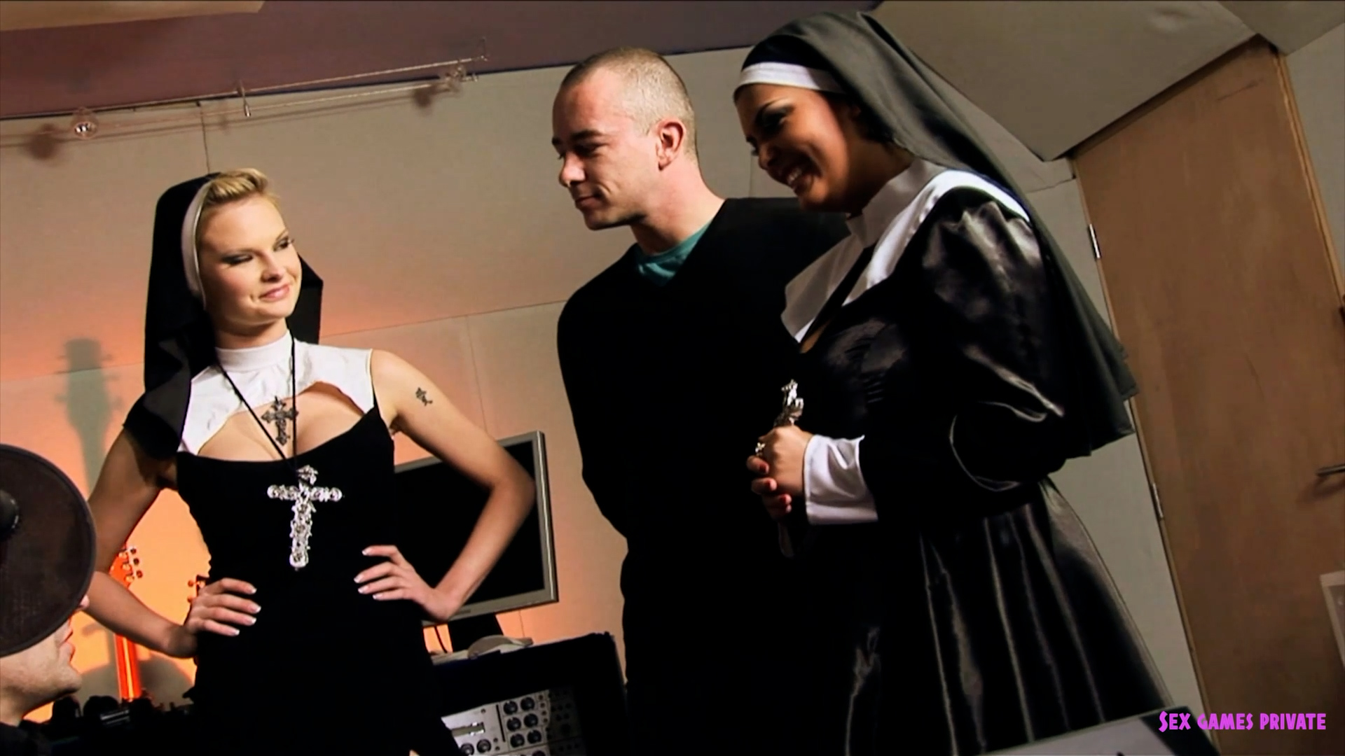 Horny nuns gets good orgy fuck